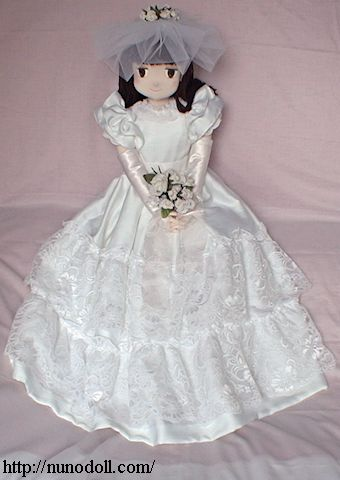 白いウェディングドレス